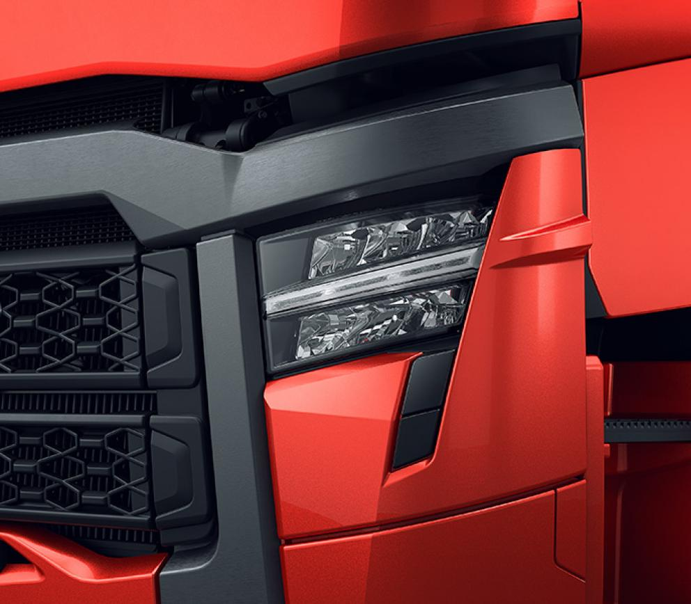 nuove luci a led gamma renault trucks