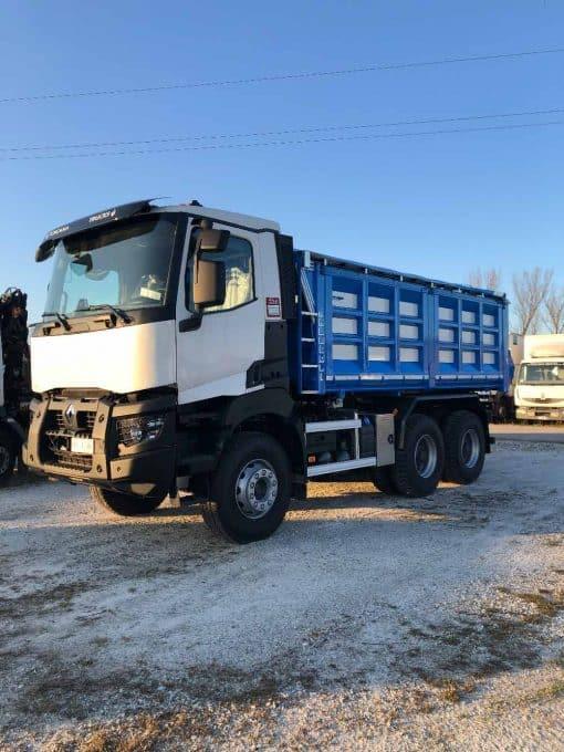 Renault Truck K 520 p6x4 foto 3/4 allestito