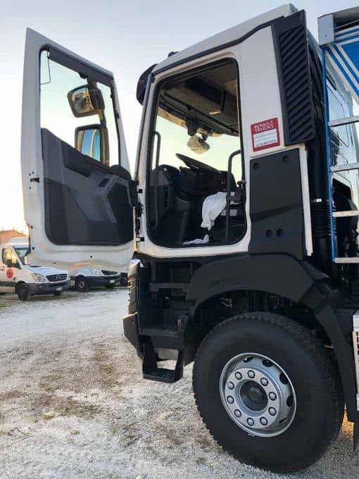 Renault Truck K 520 p6x4 foto portiera