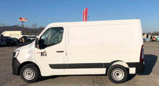 Renault Truck Master Red Edition lato