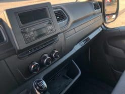 Renault Truck Master Red Edition interni plancia