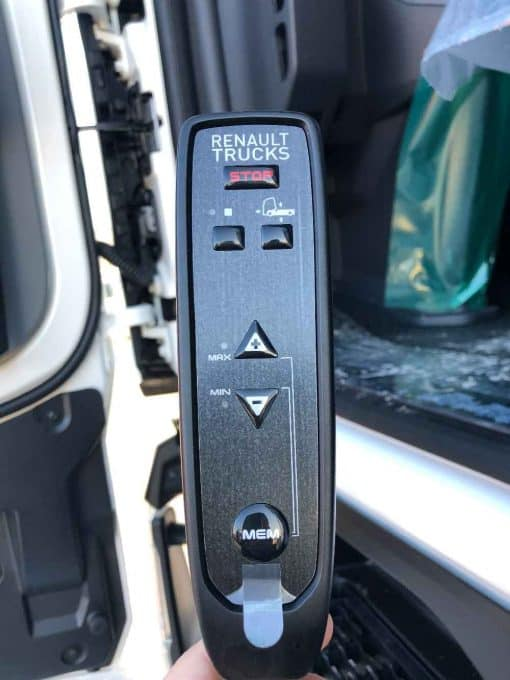 Renault Trucks T 460 T4x2 3812 telecomando